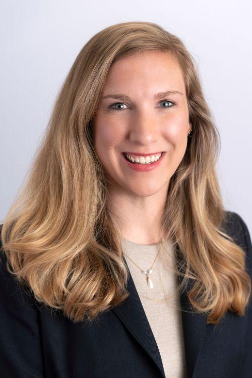 Caroline Simmons headshot